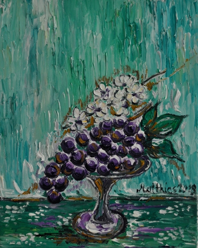 Grapes with white Flowers