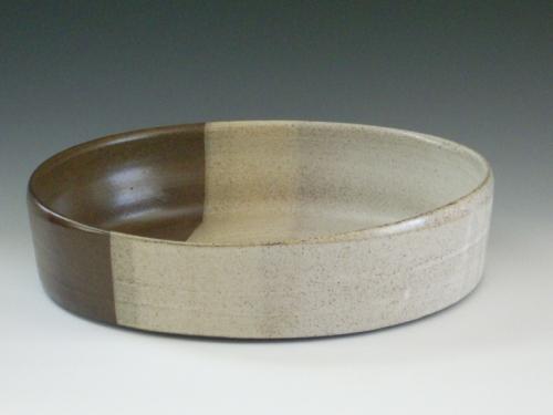 Serving bowl by Chylene Kampenga