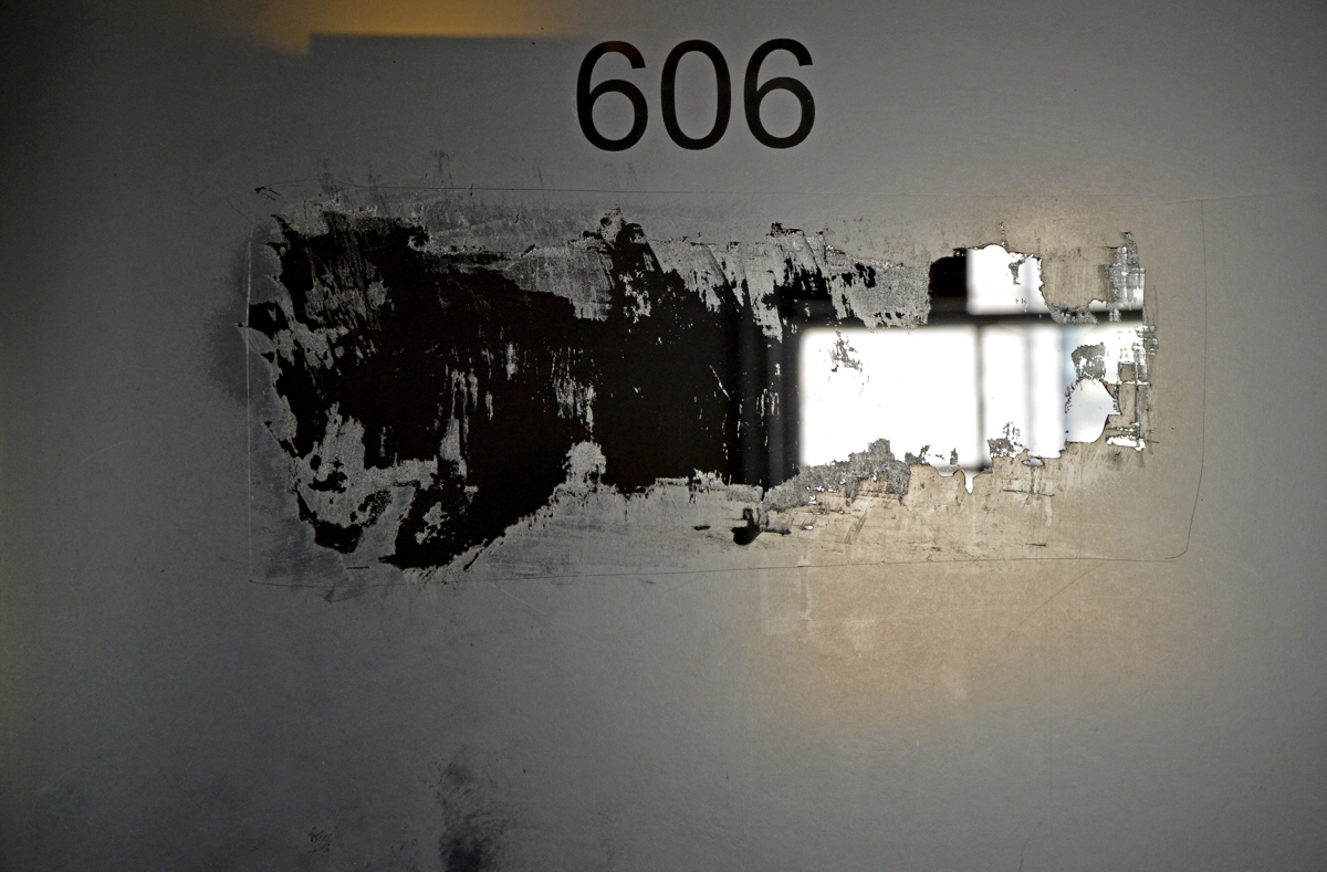 606 (large view)