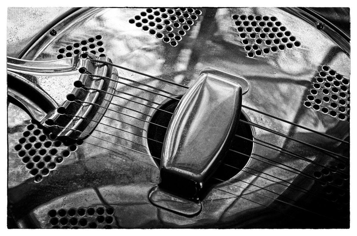 Resonator  (large view)