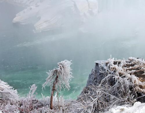 Niagara Ice by Karen Callan