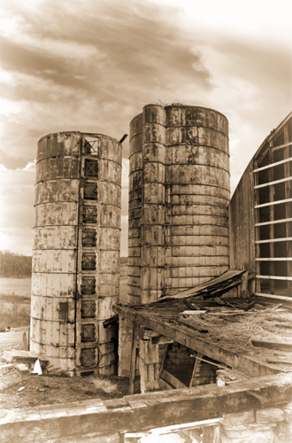 OLD SILO (large view)