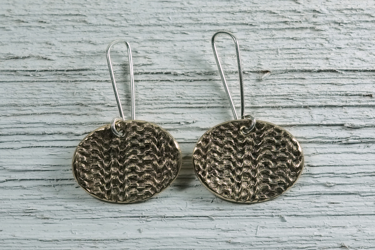 Bronze 2x2 Rib Earrings (large view)