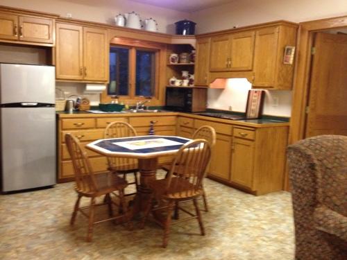 Artist Retreat Suite Kitchen
