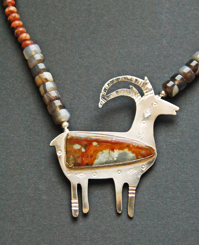 Antelope pendant with Red Butte Jasper (large view)