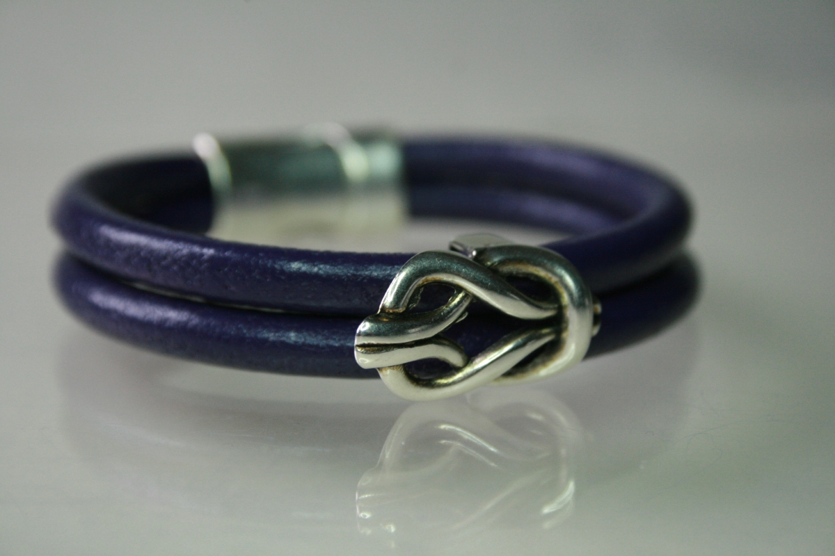 Purple Leather & Knot (large view)