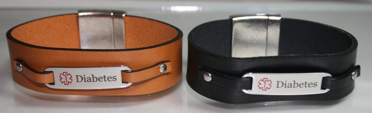 20mm leather w/ Diabetic tag Bracelet (large view)