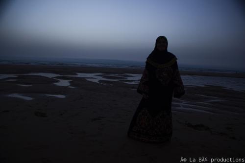 Fatima en la playa.