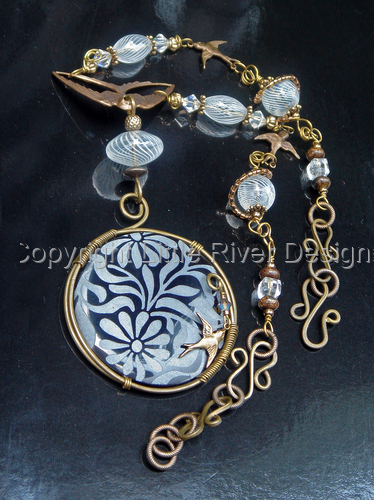Summer Days Necklace and Earring Set