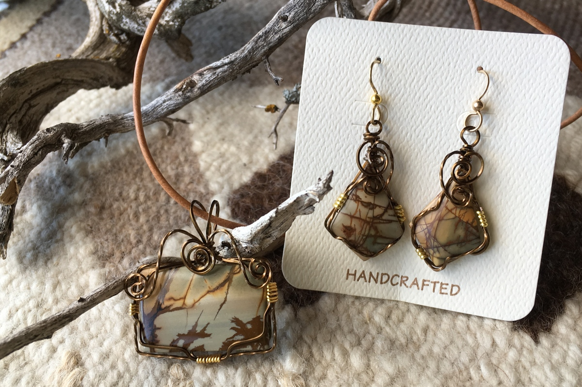 Red Creek Jasper wrapped set (large view)