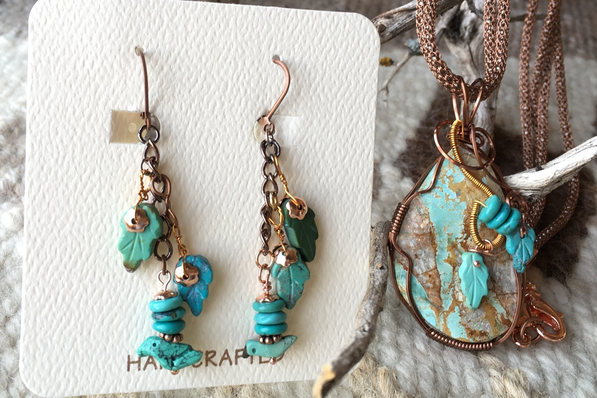 Turquoise Necklace & Earrings set wrapped in copper (large view)