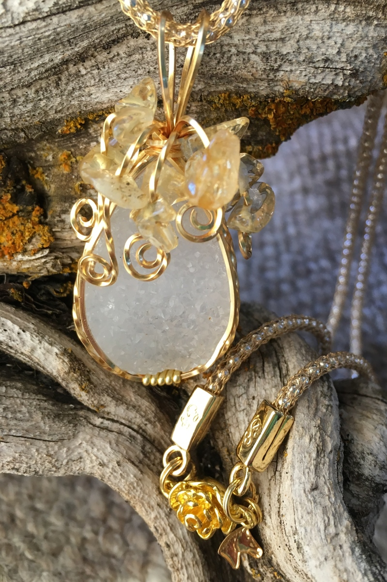 Quartz Druzy with Citrine (large view)