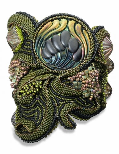 Serpentine Cuff by Linda Rettich