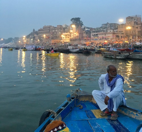 Sunrise Boat Ride on the Ganges (large view)