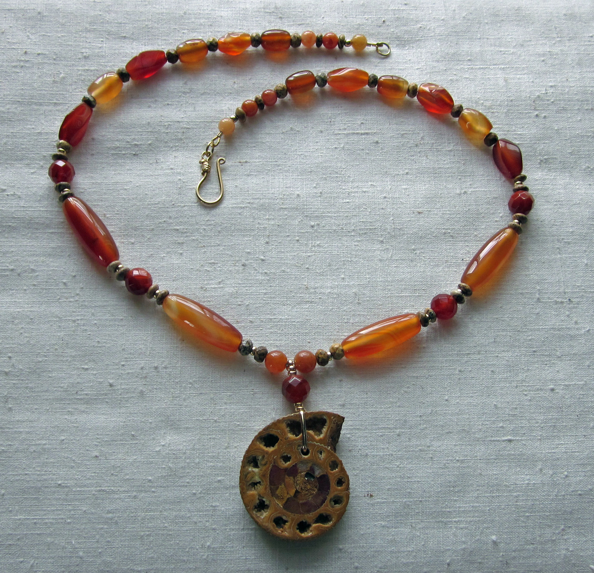 Rustic ammonite necklace (large view)