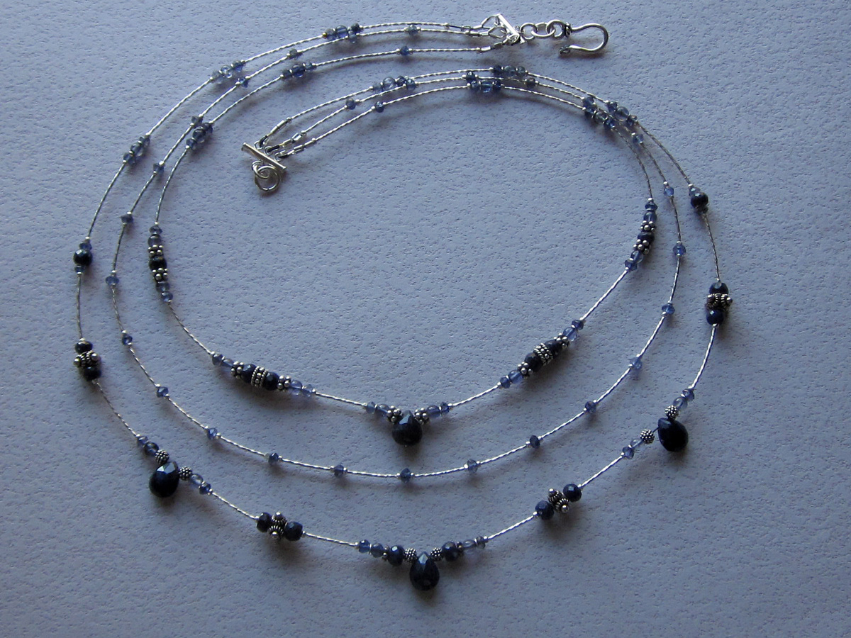 Sapphire and iolite necklace (large view)