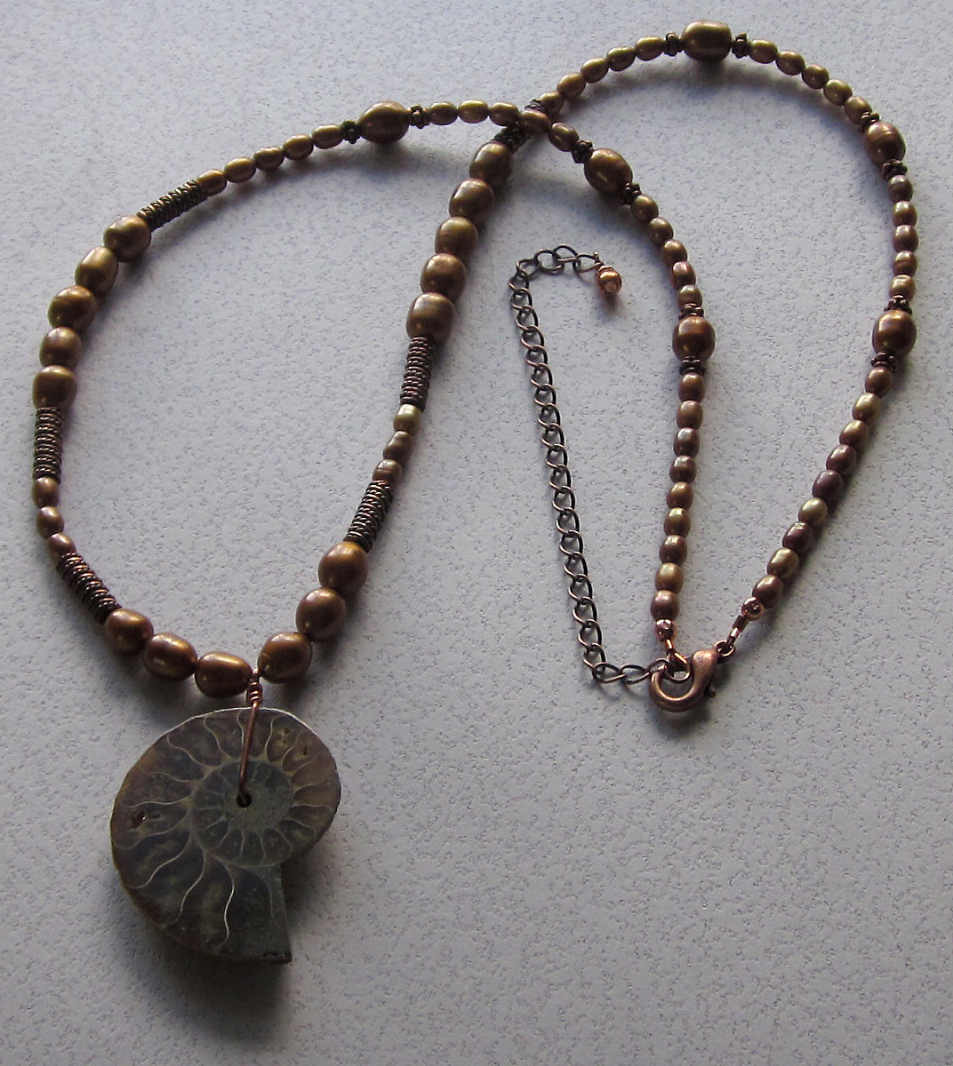 Ammonite and copper pearl necklace (large view)