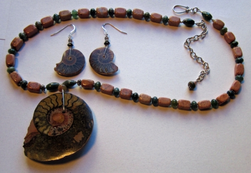 A01 large ammonite necklace