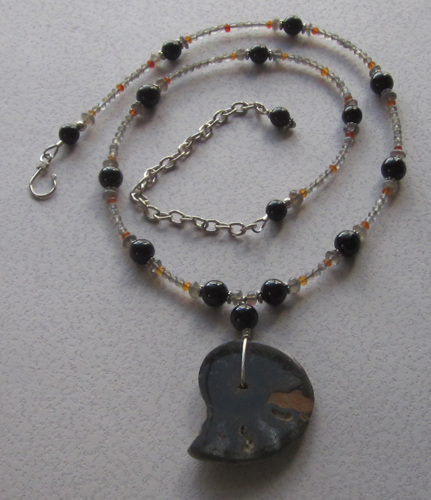 Black Ammonite necklace (large view)