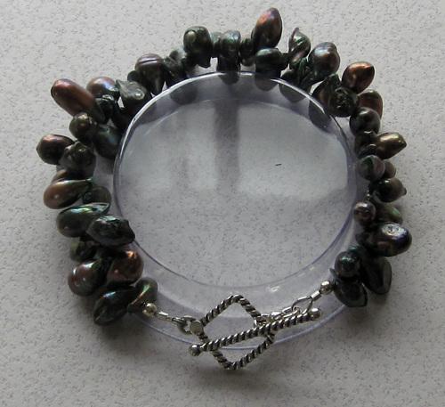 Tadpole Pearl bracelet