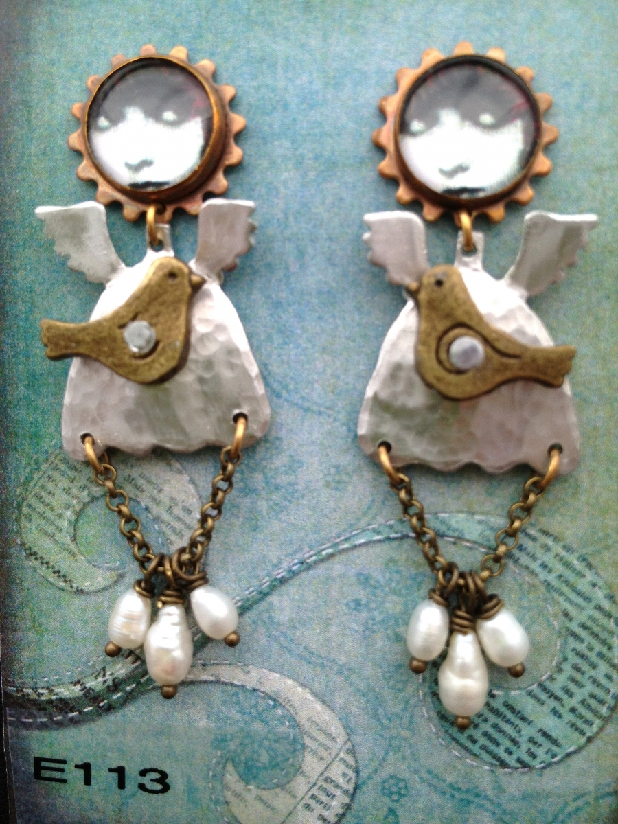 angel earrings (large view)