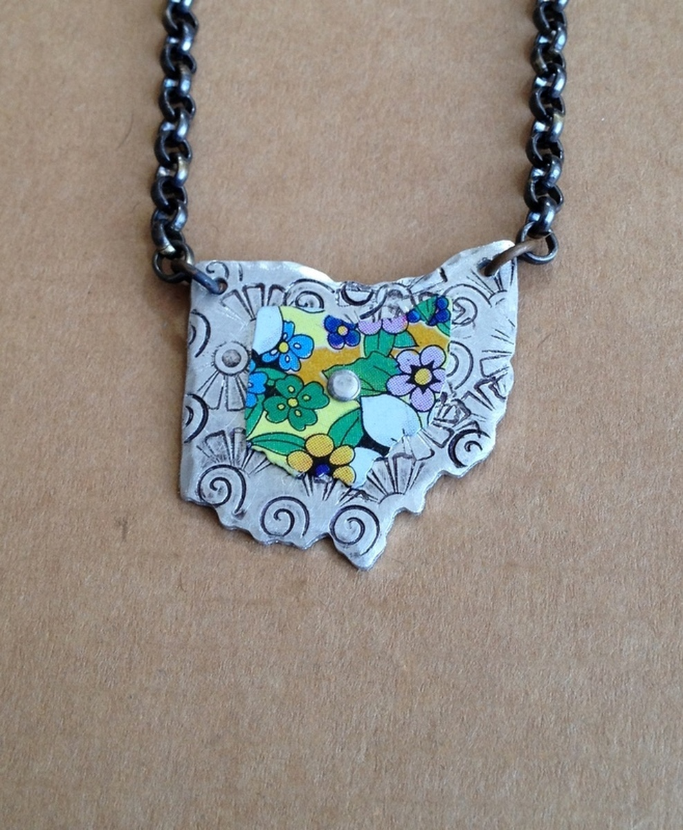 Ohio Necklace 12 (large view)