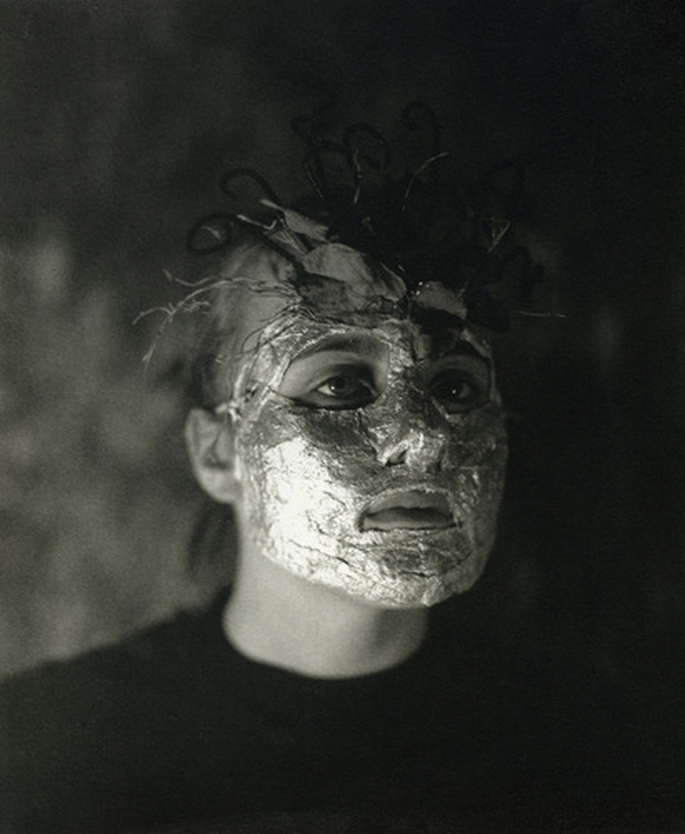 Mask (large view)