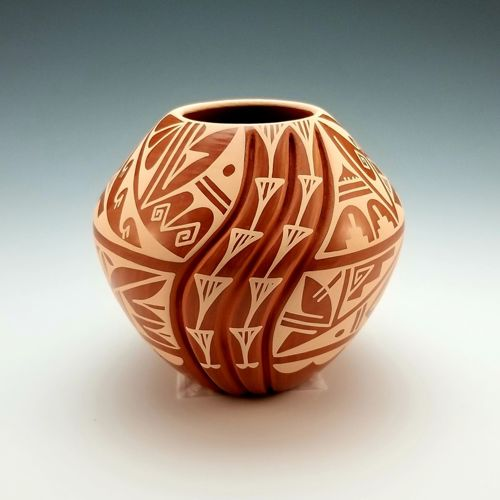Swirl Vase by Laverne Loretto-Tosa