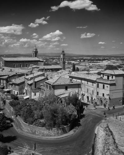 Village Scene, Tuscany-5679, Italy (large view)