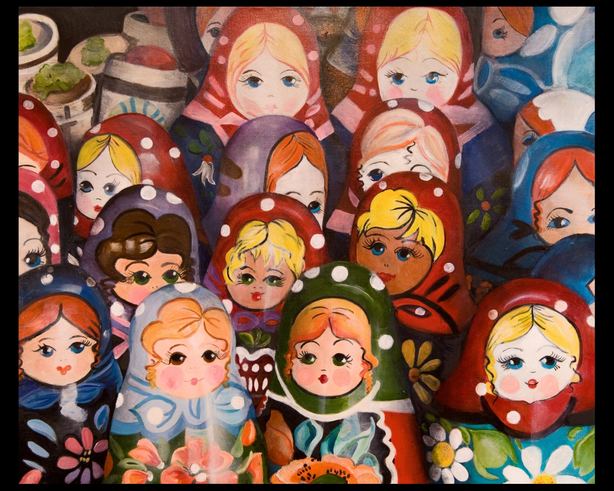 Russian nesting Dolls (large view)