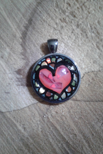 Sparkling Red Heart Circle