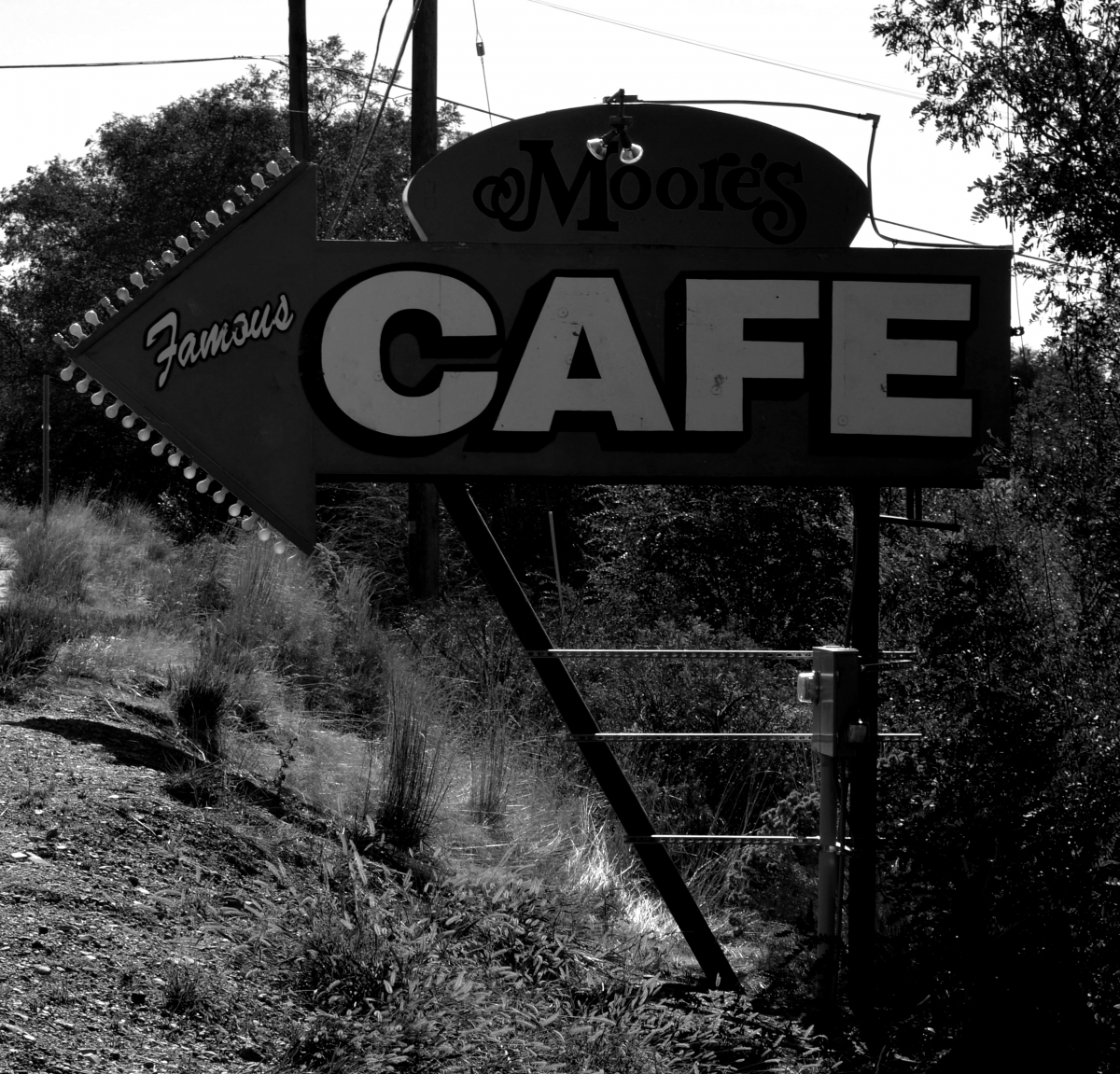 Cafe (large view)