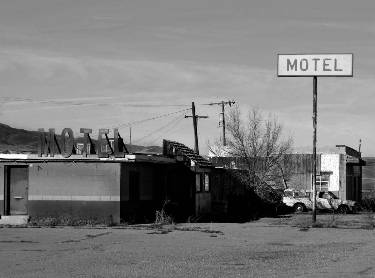 Desert Motel (large view)