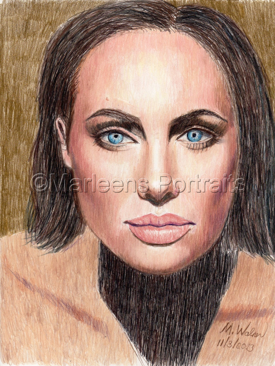 Angelina Jolie (large view)