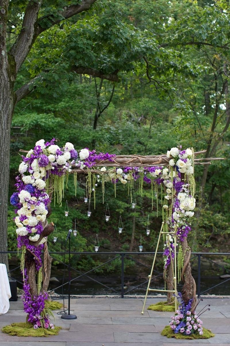 WEDDINGS 069 (large view)