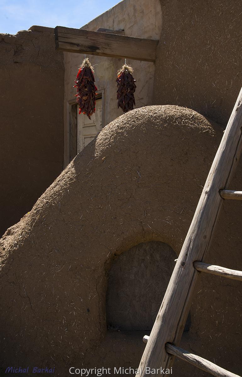 Pueblo Living (large view)