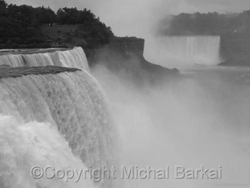 Niagara Falls by Michal Barkai Art