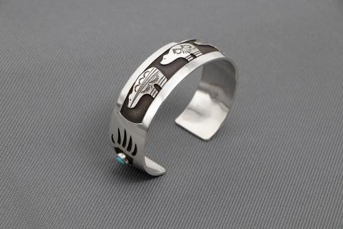 bear bracelet, bear claw