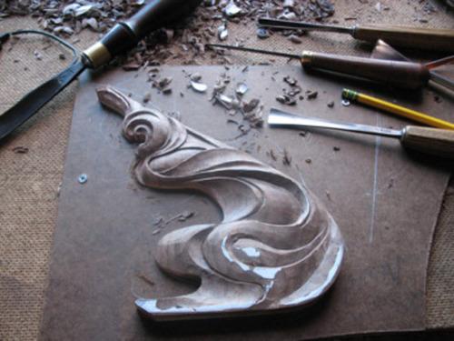 Art Nouveau Designs, Michael McConnell Wood Carvings, Michael McConnell Wood Carver, Art N ouveau Wood Carving by Michael McConnell, Art Nouveau Wood Carvings in Progress, Art Nouveau Wood Carved Corner Bracket (large view)