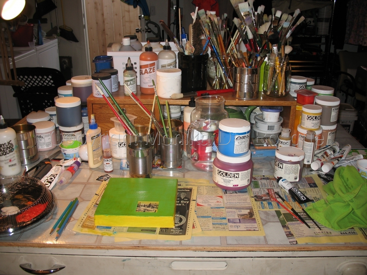 Studio image (large view)