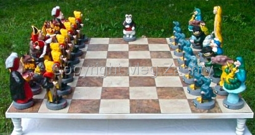 Alice in Wonderland Chess Set (large view)