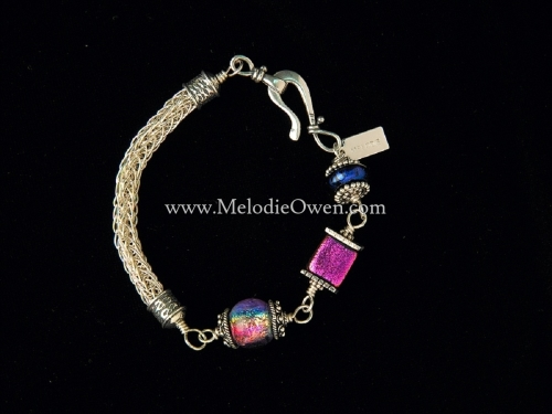 Silver knit bracelet with Dicro beads