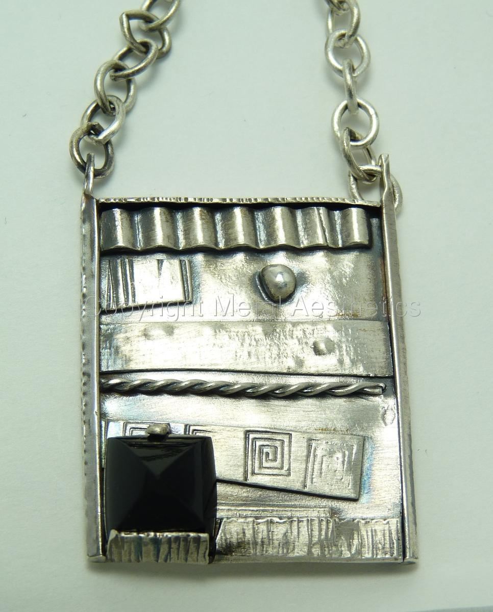 FUSED SILVER PENDANT WITH ONYX (large view)