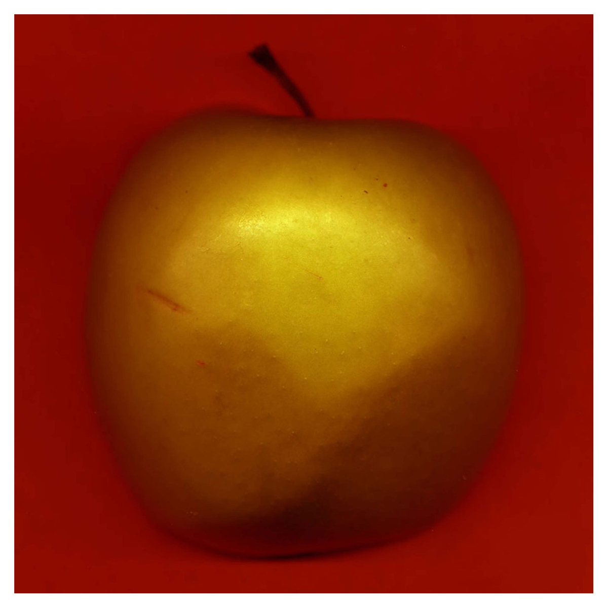 Golden Apple (large view)