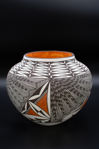 Medium Size Acoma Olla Jar by Melvin & Marietta Juanico