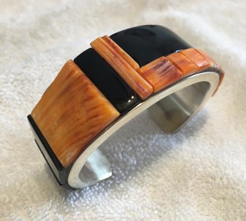Spiny Shell/Black Jade Bracelet