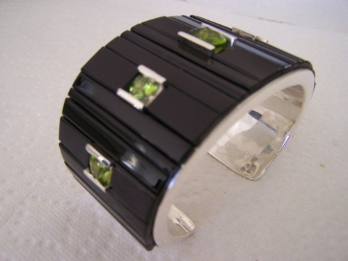Black Jade Peridot Gem Stones Bracelet