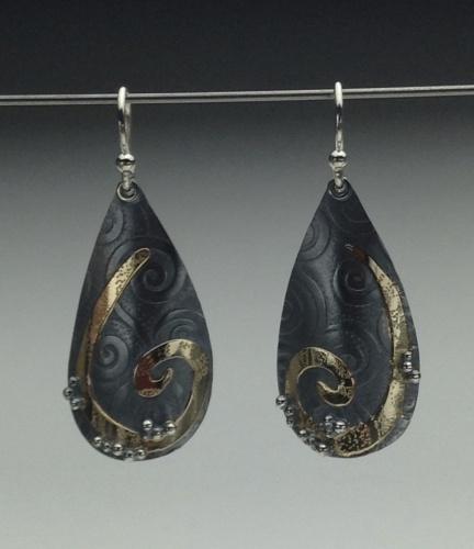 Earrings - Divine Teardrop