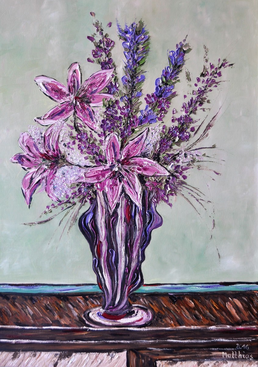 Sankeien Gentian, showy Lily and Doritis  in Vase  (large view)