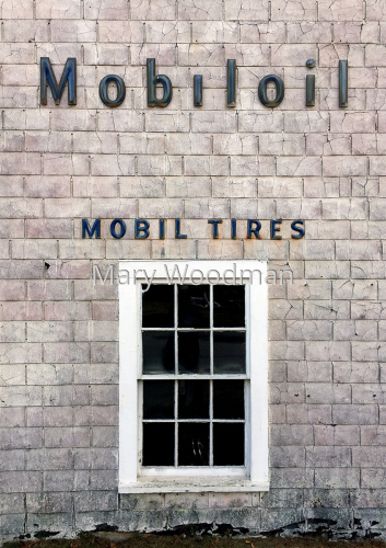 Mobileoil by Mary Woodman | photography